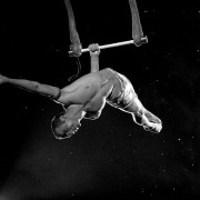 trapeze-christopher-1