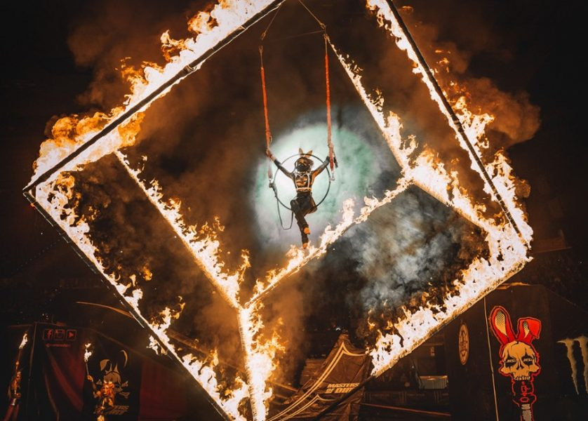 female fire show